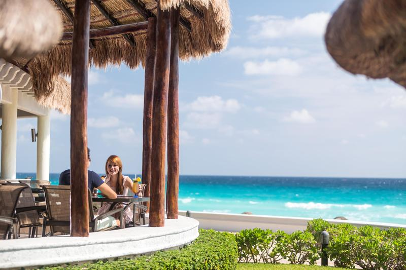 13 Days. New York 4* I Nassau 5*I Cancun 5*